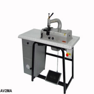 Машина для спускания краев деталей AV2MA